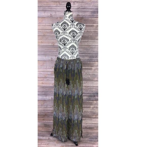 H&M skirt size 6 geometric boho side split gypsy